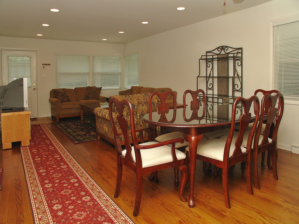 Beacon Funding Women's Intern House Dinning Room