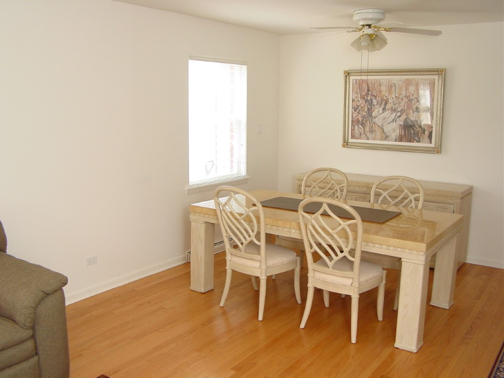 Beacon Funding Men's Intern House Dinning Room
